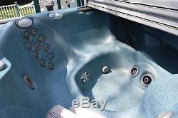 Jacuzzi J-355 (2008) Hot Tub with Filters and Cover