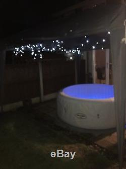 Lazy spa hot tub Paris, comes with all the extras