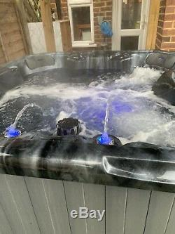 Sure 3 Plug & Play Hot Tub Superb Condition Selling Due To Relocating